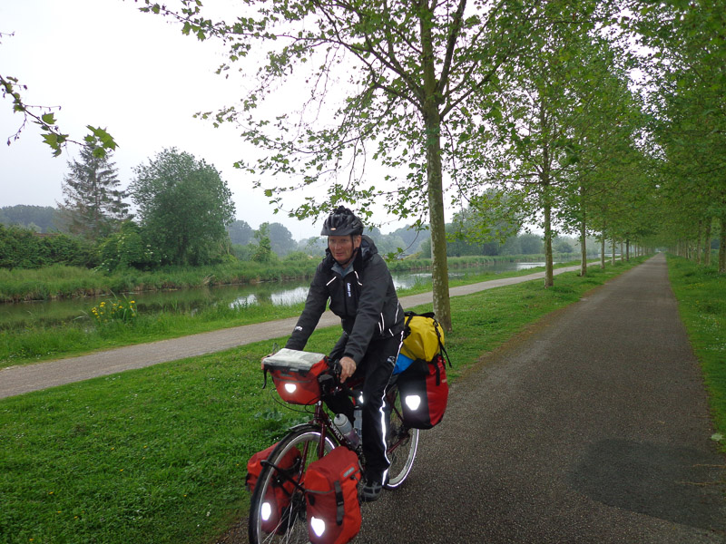 Riding along one of the many canals near Amiens